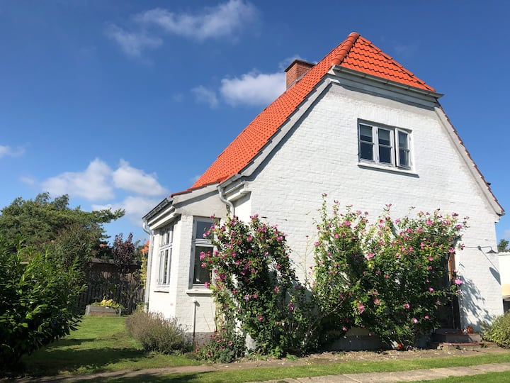 Idyllic danish villa - close to Copenhagen!