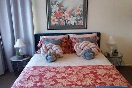 Private sylish two bedroom accommodation on Bribie