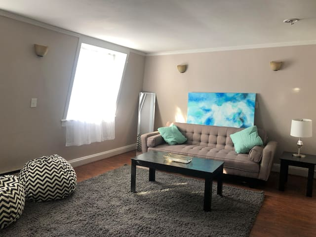 House in the heart of Red Bank- with parking !