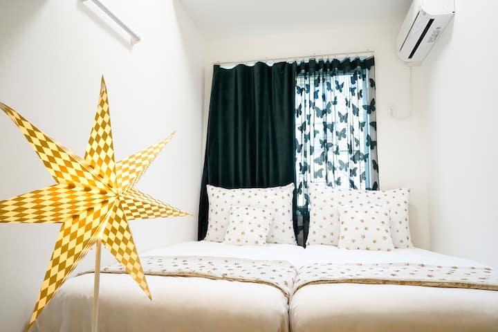 BLUE EMPIRE HOTEL @ TWIN ROOM  -  A