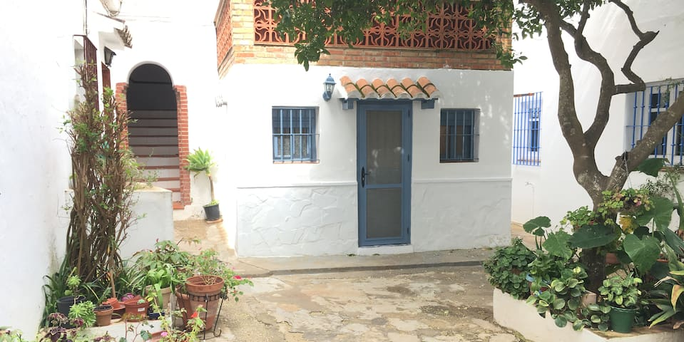 """CalmaHouse"" apto. familiar en pleno casco antiguo - Vejer de la Frontera - Appartement"