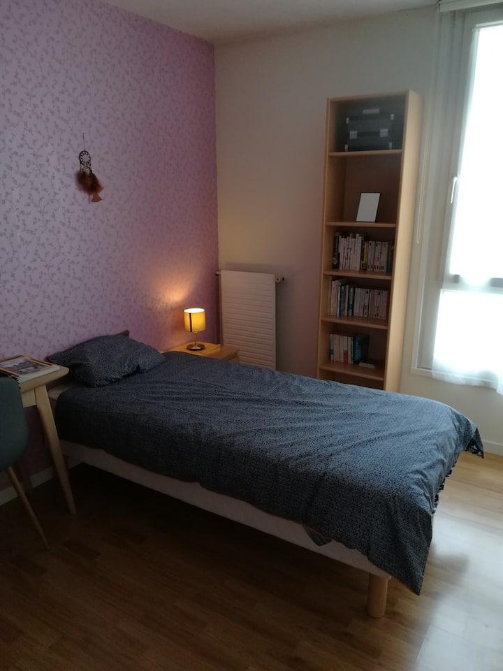 Chambre avec 1 lit 1 pers, La Garenne-Colombes.