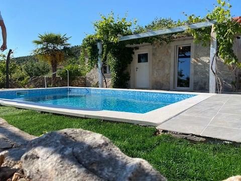 Poolhouse Mornarevi Mlini