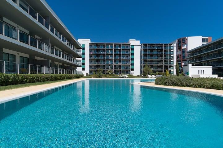 Folk White Apartment, Vilamoura, Algarve
