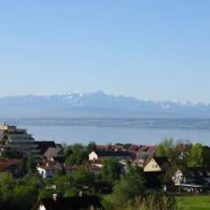 Blick auf den Bodensee und die Schweiz