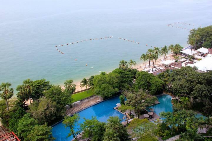 Studio at Wongamat Beach (sea view)