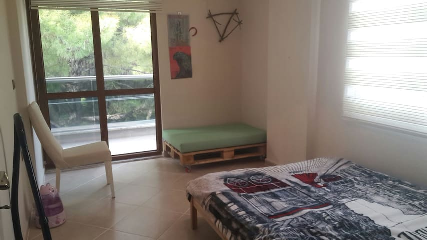 Room at Siteler, Marmaris (500 m. to the seaside) - Armutalan Belediyesi - Huis