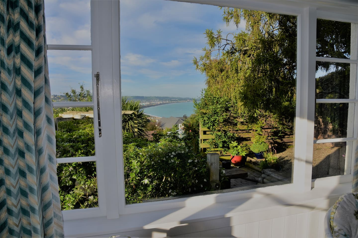 Bedroom view, sea, sun and nature. On a still night you can hear the waves breaking against the shore.