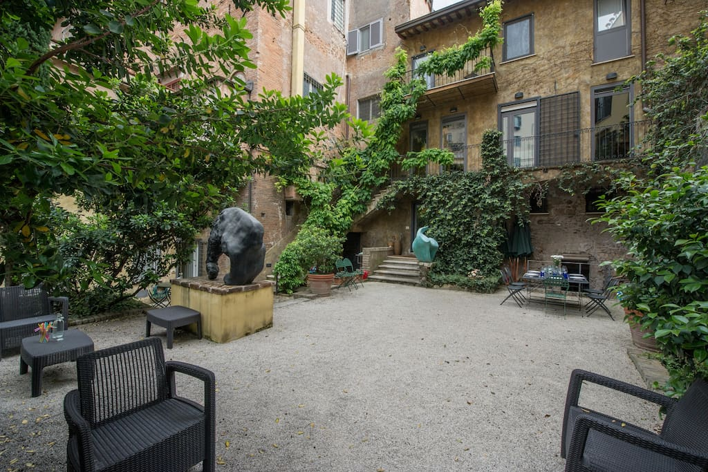 I have a huge private terrace where you can breathe fresh air while being in the heart of the Eternal City