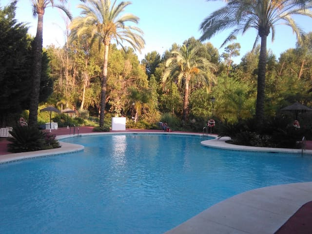 Alhaurin Golf, Pool & Mountain NEW Aparment! - Alhaurín el Grande - Byt