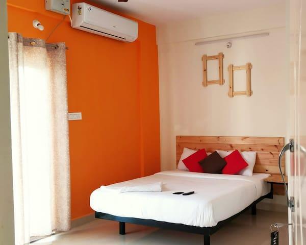 Prestige Tech Park -A/c Premium Guest Inn -