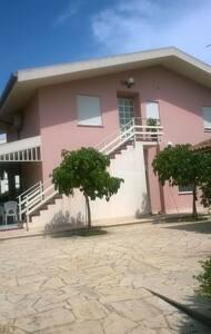 VIlla Rusci in zona mare - Reitani - Lägenhet
