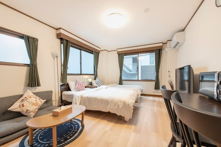 Uhome Ueno Apartment3F, 5 min walk to Ueno station