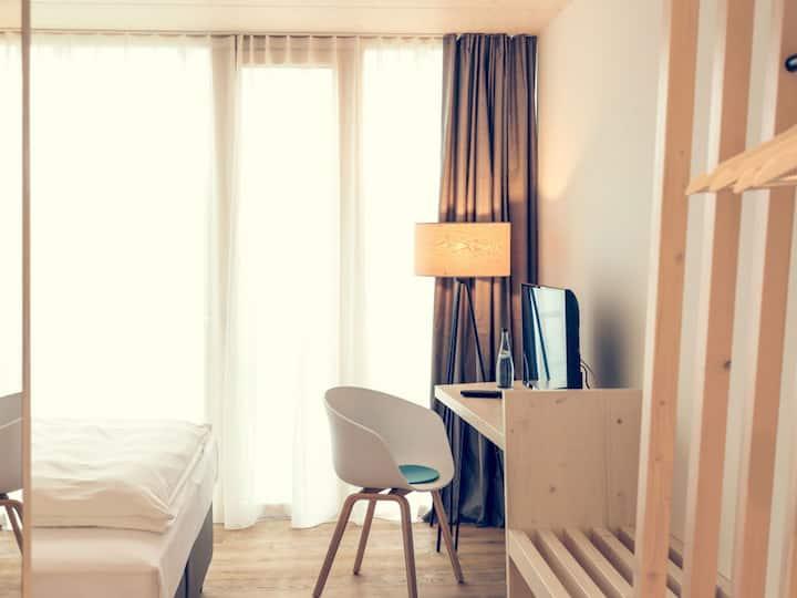 Hotel Wirtshaus Brennerei Klingenstein, (Blaustein), Doppelzimmer klimatisiert mit Dusche/WC
