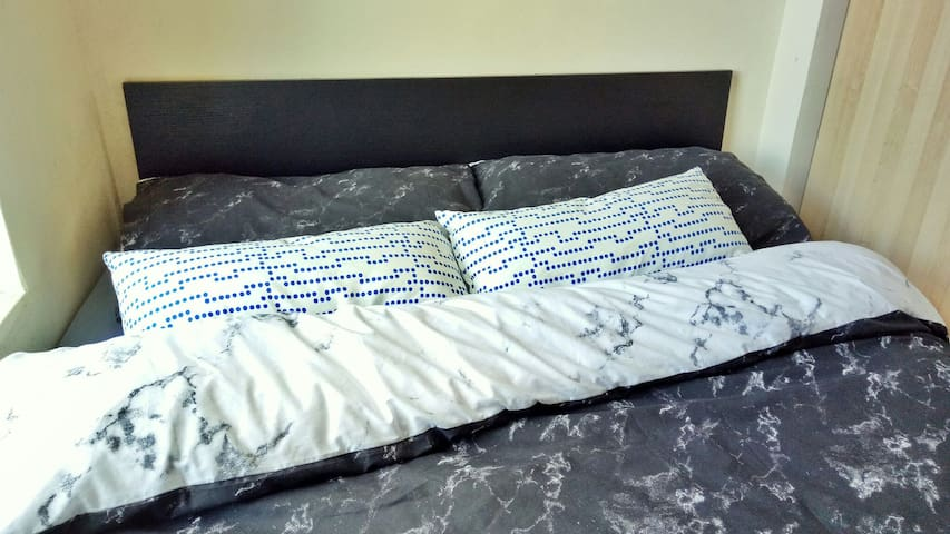 Cosy bedroom nr Uni + city center - Newcastle upon Tyne - Casa