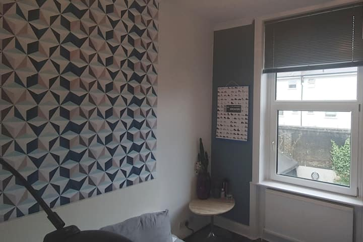 Modern 1 Bed Flat. 6 mins walk to Clapham Common