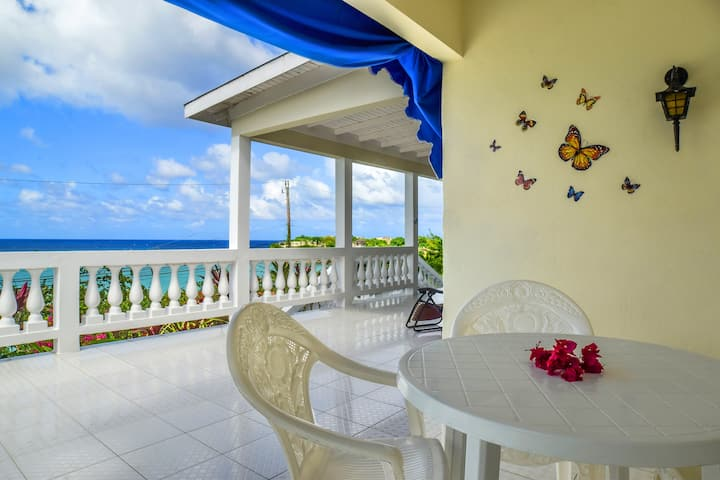 Lovely Rustic Villa with Secluded Beach (Rm 2)