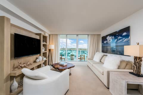 Collins Avenue 1 Suite 1445