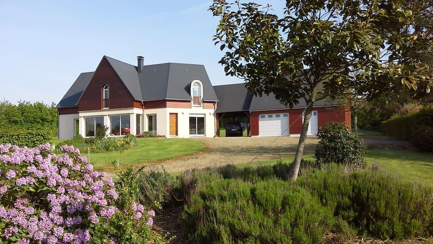 Grand Gite 10 places  - Saint-Georges-d'Aunay - House