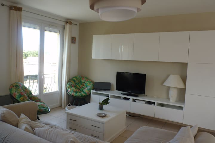Grand appartement rénové en Pays Catalan - Elne - Apartamento