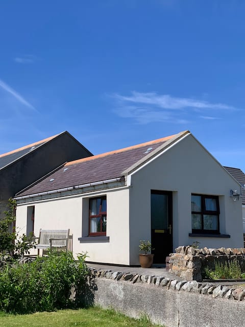6 Sunnybank Drive, Stromness - Newly renovated