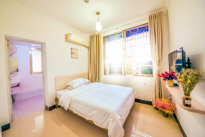 张家界火车站汽车站天门山附近麦子客栈浪漫大床房