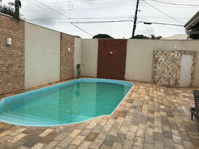 Quarto em Area de lazer com ou sem piscina