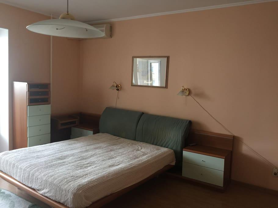 Спальня, площадь 25 кв. м.