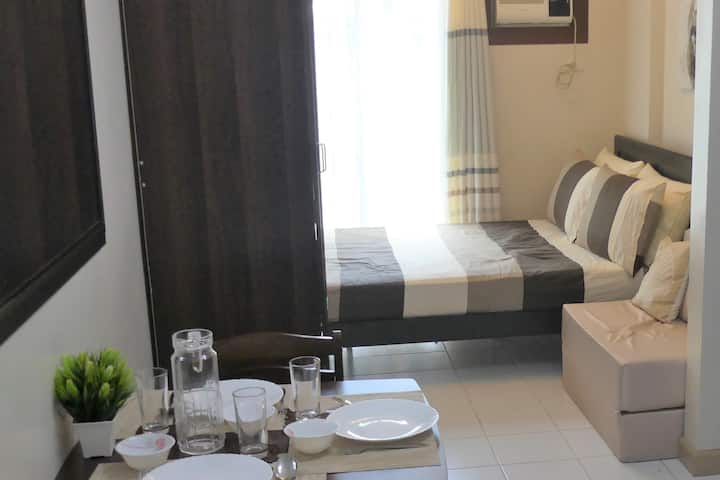 Condo Centre of Davao near Abeeza Mall w/Wifi+Nflx