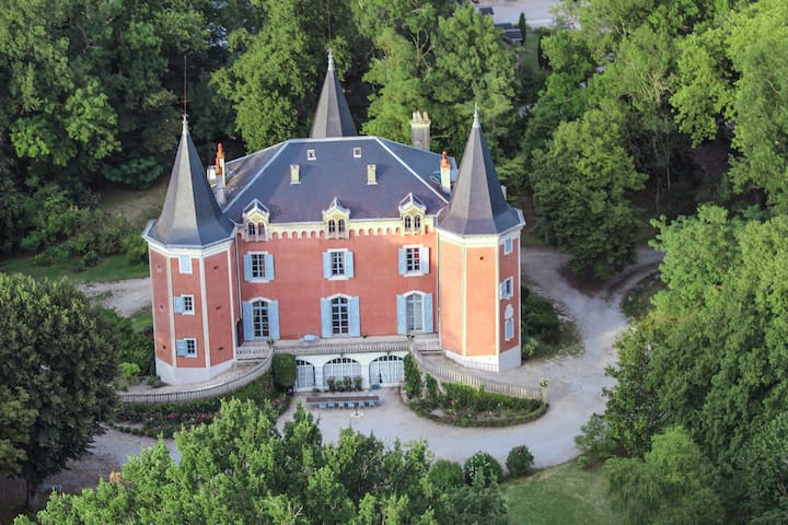 Apartment in a castle -up to 14 ppl