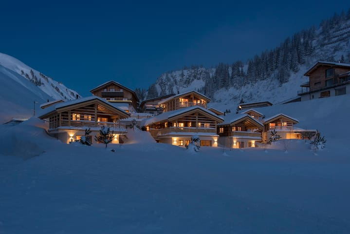 Aadla Walser-Chalets at the Arlberg for 4-5 person - Bregenz - Dům