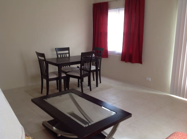 Central Apt. | 1 b/r | 4 guests - Devonshire - Apartment