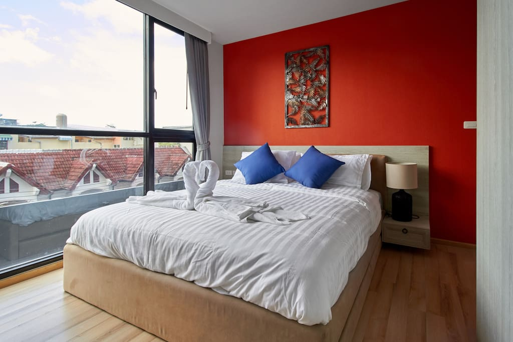 Small bedrooms with one bed king size.