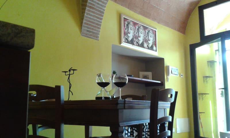 La casa di Miki e Beza - Castellina Scalo