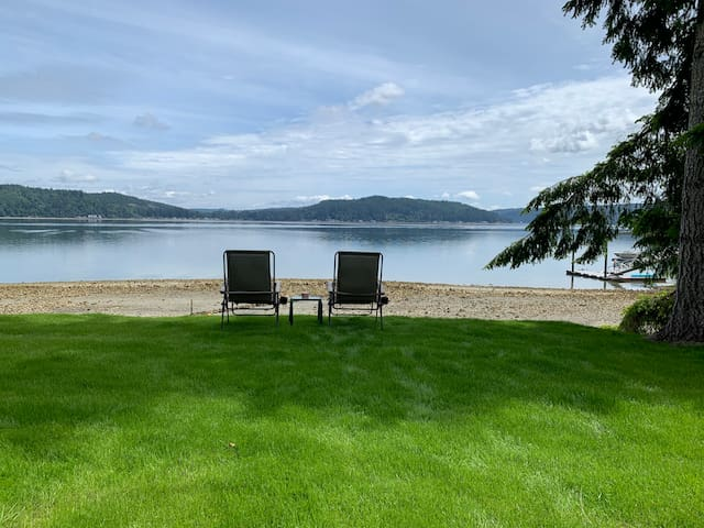 Woodside ~ Waterfront View Home on Hood Canal