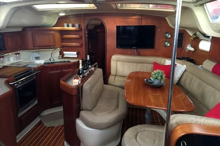 Lovely 43-foot yacht near San Diego, sleeps four. - Chula Vista - Boot