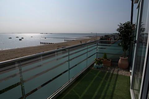 The Estuary View