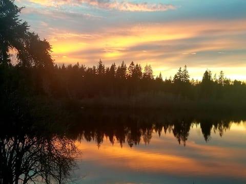 Serene Shadow Lake  - 1 Bed Healthy Safe