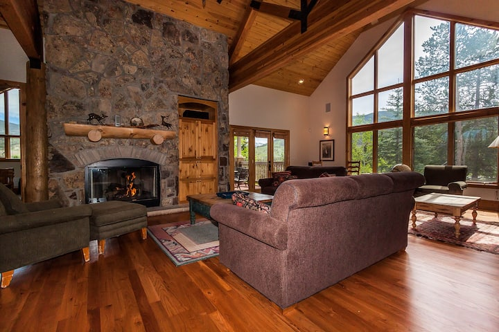 6 Goldenrod Circle, 3 Masters, Private Hot Tub