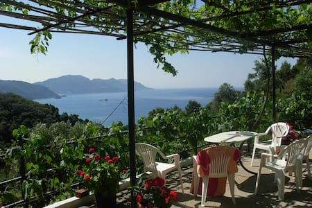 Panorama Rooms in Mirtiotissa  (Room No.4) - Corfu - Hus