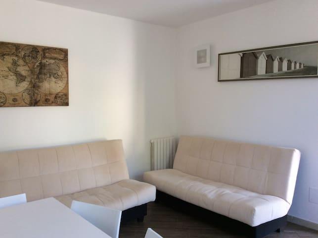 Intera casa con giardino - Borgo Manara - House