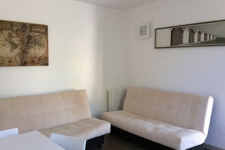 Intera casa con giardino