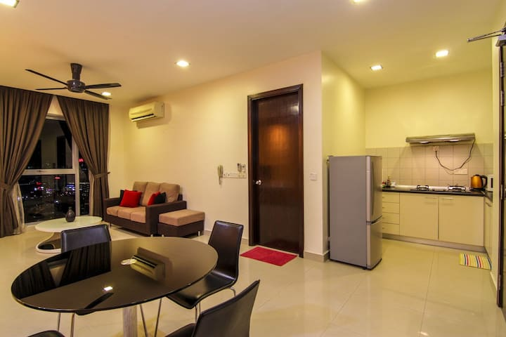 Comfortable and Fully Furnished PJ8 Apartment