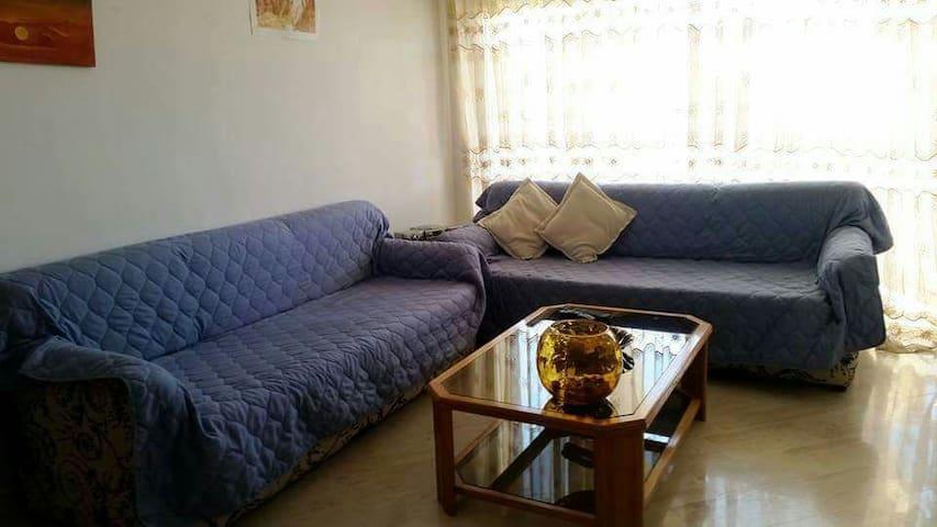 Appartement spacieux, ensoleillé avec vue dégagée