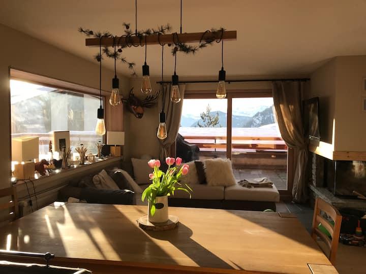 Modern 4 bedroom apartment near Medran ski lift