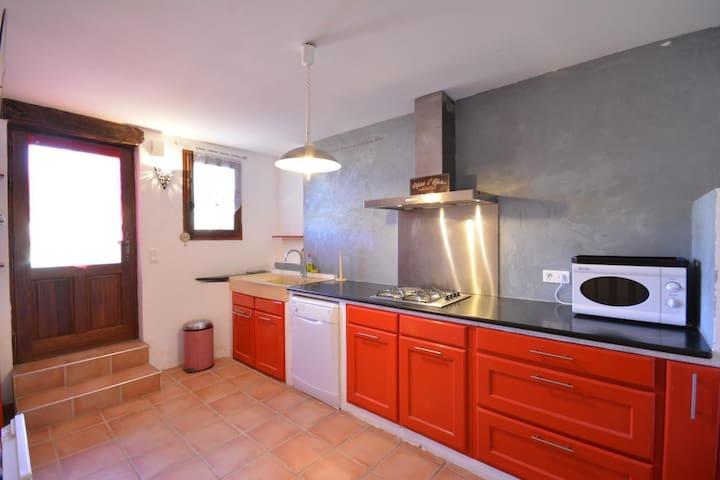 Maison et sa terrasse - Beaumont-du-Ventoux - Huis