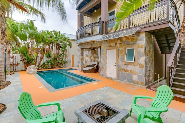 Spacious family home near the beach offers a great location and a private pool!