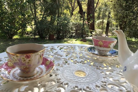 Meredie Rose Cottage - Peace in Perth hills - Kalamunda