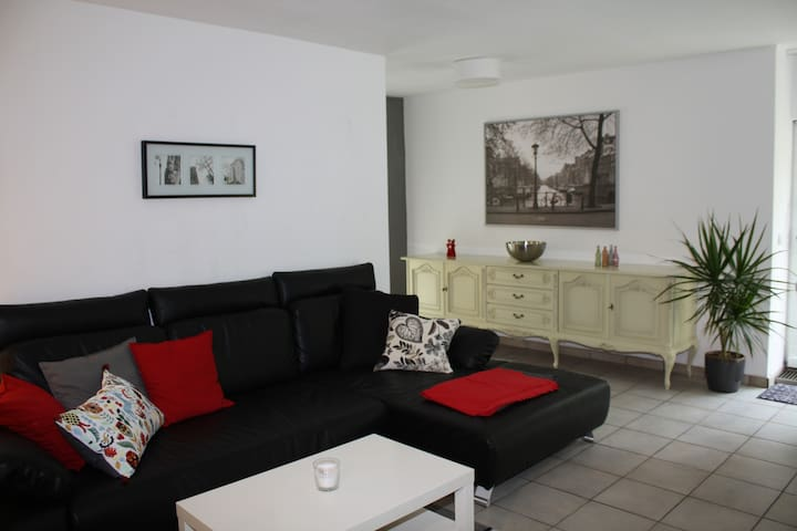 Ground floor flat, quiet area, terrace - Fürth