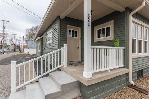 Upscale Getaway w/ Game Room - Downtown Columbus